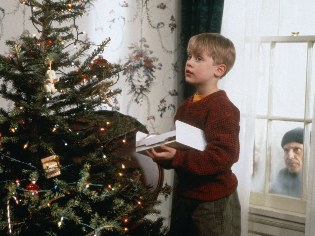 My Five Favorite Christmas Movies – A HOUSE WITH CHARACTER