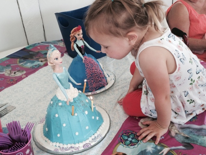 Amelia is three cake